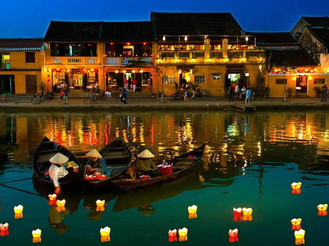 VIETNAM: Explore Vietnam Aurora